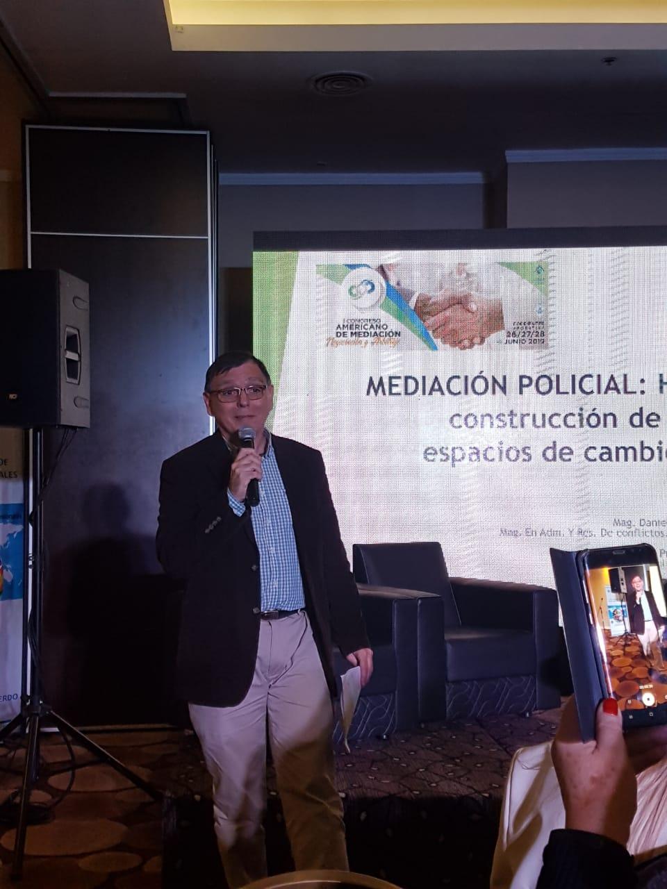 Mediación Policial: hacia la construcción de nuevos espacios de cambio social.